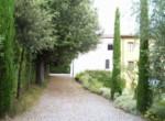 Rif. 440 villa con chiesa scons (5)