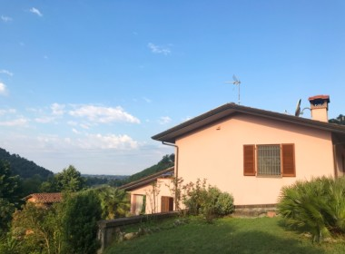 villa with views near Camaiore (13)
