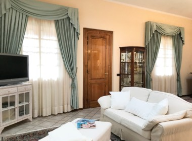 villa with views near Camaiore (39)